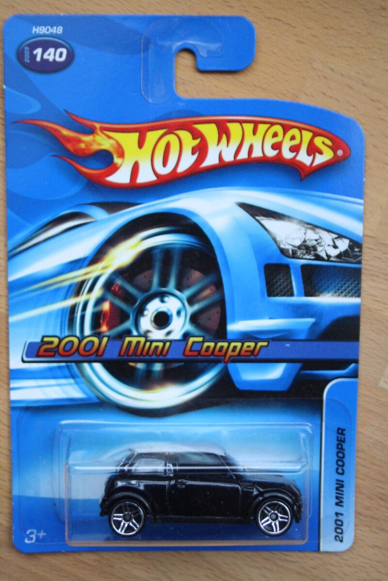 Hot Wheels Mini Cooper 2001 - Black 1:64