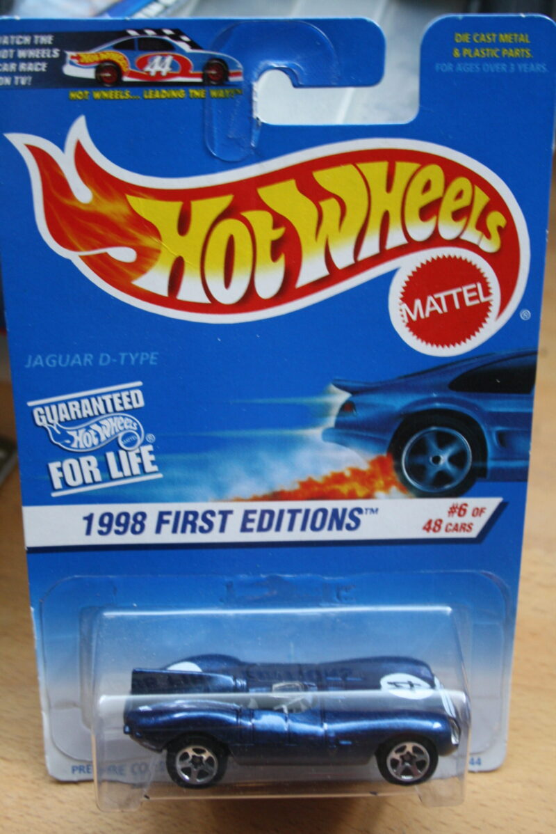 Hot Wheels Jaguar D-type - Blue 1:64