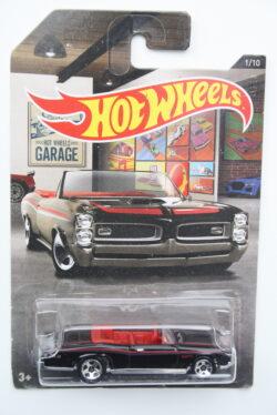 Hot Wheels Pontiac 1967 GTO - Black Hot Wheels Garage 1:64