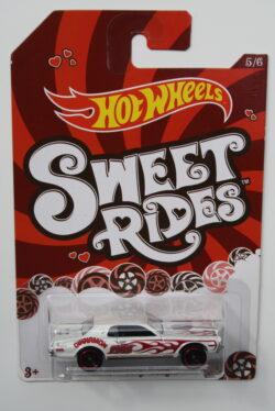 Hot Wheels Mercury Cougar - White-Sweet-Rides 1:64